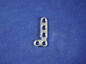 T Plate, Right Angle, 2.7mm, 5-hole, 32mm